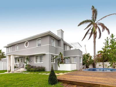 Photo for 6BR+Den ART DECO House Right Across Biscayne Bay Sleeps 16!