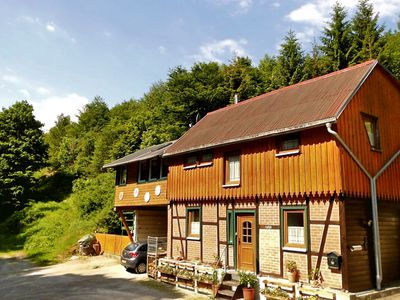 Photo for Holiday home directly along the edge of the forest, sauna and modern furnishings