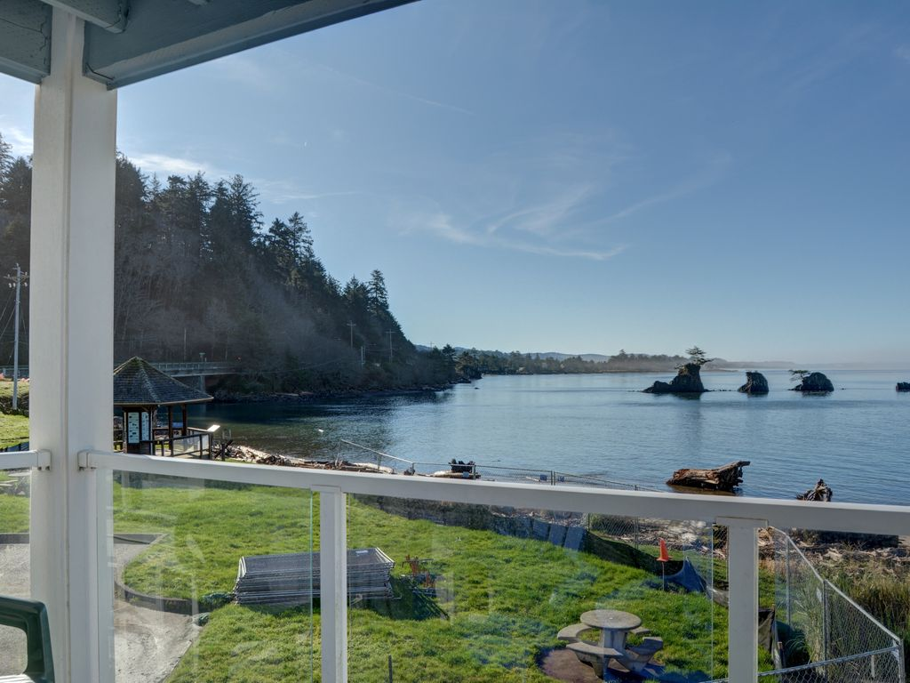 ha property city epic places in stay friendly oregon lincoln to ridgetop image home a views with pet experience oceanfront