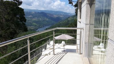 Photo for Casa Douro Terrace -River Views Douro Valley 60 'from Porto Last minute deal