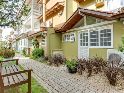 Photo for House with 5 suites in the condominium on the waterfront in Jurerê!