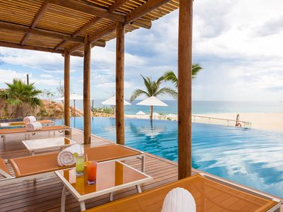 Photo for Cabo Beachfront Villa with Incredible Views