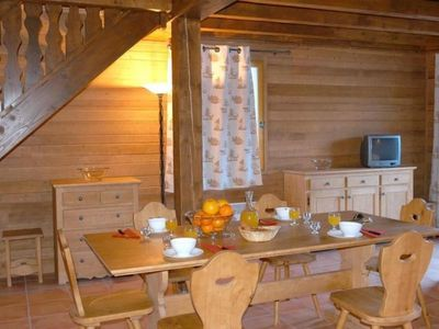 Photo for Chalet Uvernet-Fours, 2 bedrooms, 6 persons