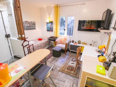 """Photo for ❤️Garçonnière """"Beautiful Abbesses"""" / Montmartre. S: 20 m2.75 m from Abbesses metro station"""