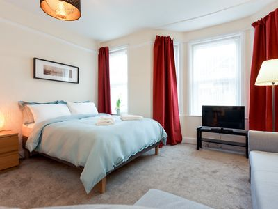 Photo for Beautiful Town Centre Apartment