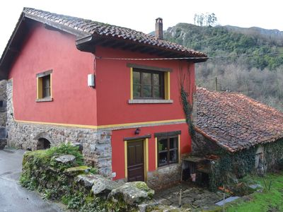 Photo for A detached rural holiday house close to the Covadonga National Park