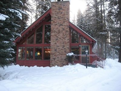 Photo for Charming, family-friendly, by lake- sleeps 12