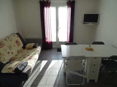 Photo for House in residence with swimming pool 10 minutes from the beach