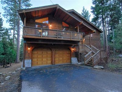 Photo for Beautiful Mountain Home with Fantastic Kitchen and Tree-Top Views!