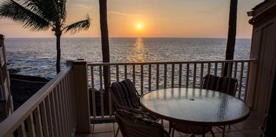Photo for Sunset oceanfront condo- WiFi, Lanai, Flat Screen TV, Stereo