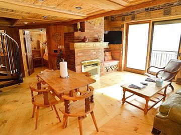 Inviting Swiss Ski Chalet in the Heart of Vail Village