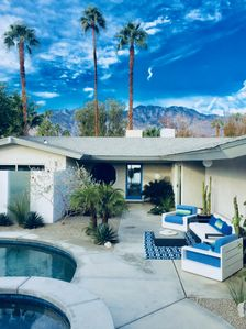 "Photo for Zen Modern Home II ""wind free"" S Palm Springs - SALT WATER POOL/SPA"