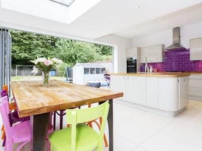 Photo for 4 bed home located close to the beautiful green space of Ravenscourt Park- Veeve