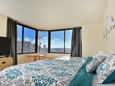 Photo for Great Price! High Floor Corner with Ocean and Mountain View in Waikiki.(HM6A)
