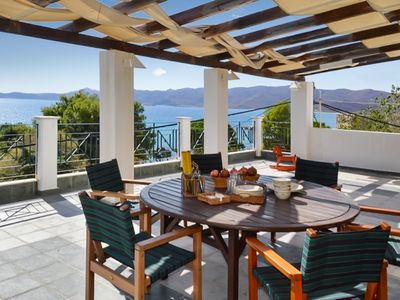 Photo for Amazing villa with sea view and Wifi