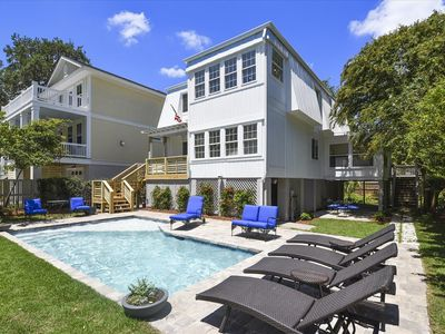 Photo for 7 Periwinkle Ln, Renovated, Short Walk to Beach, New Private Pool, Ping Pong!