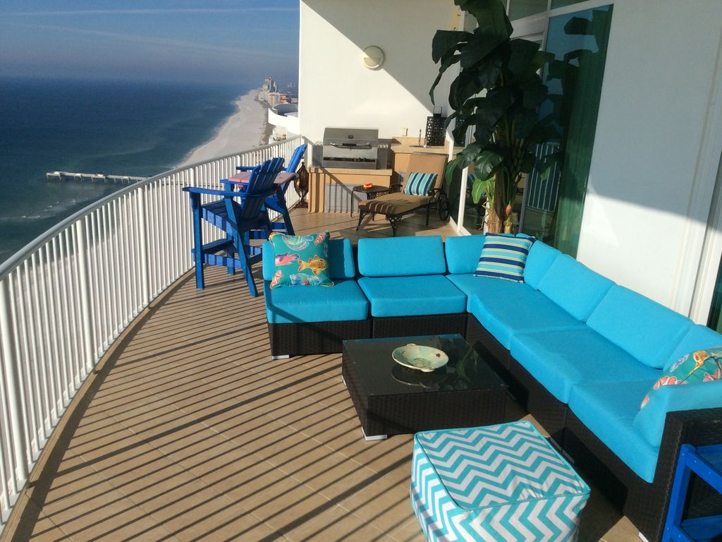 Awesome deck for intertaining. New 27th Floor Turquoise 3BR Condo W  Amazi      VRBO