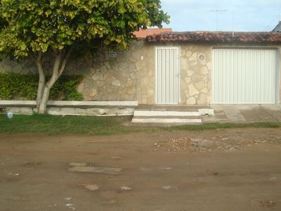 Photo for House w / 95% of the internal area heated, WI-FI, pool, 3suítes w / air, 1/4 solt w / air