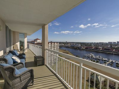 Photo for 4 Bedroom 3 Full Bath Located on 13th Floor  Located on Intercoastal Waterway