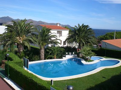 Photo for 5 bedroom Villa, sleeps 11 in Llançà with Pool, Air Con and WiFi