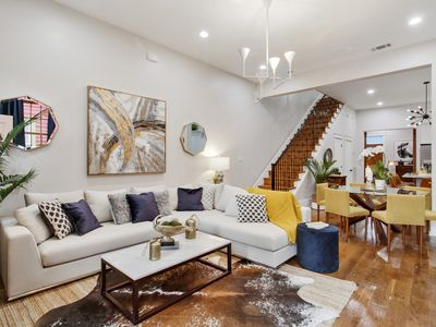 Photo for Modern And Eclectic Upscale Home, Near FQ