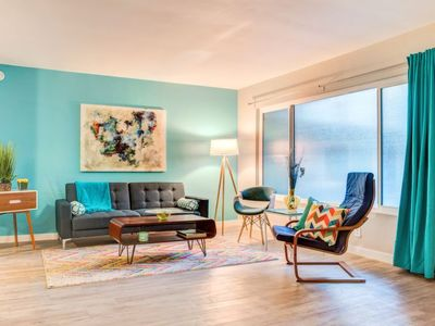 Photo for Apartment Plummer Park Apt in West Hollywood - 3 persons, 1 bedrooms