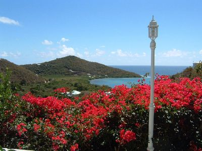 Beautiful Breezy View of Caribbean Sea. Quiet, Clean, 2 Bed, 2 Bath, Great Value