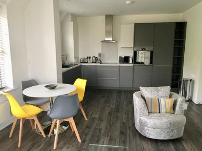 Photo for Impressive Newly Built 2 Bed Apartment