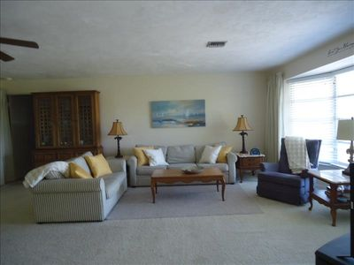 3/2 Home Across From Gulf Of Mexico Pet Friendly