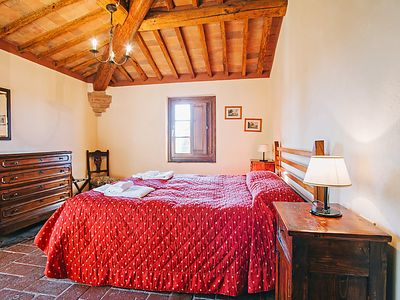 Photo for Apartment Santo Pietro in San Gimignano - 8 persons, 4 bedrooms