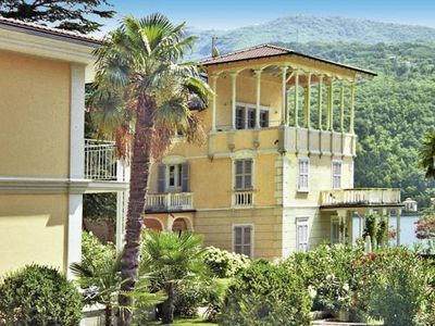 Photo for Apartments Ville Lago di Lugano, Porto Ceresio  in Luganer See - 2 persons, 1 bedroom