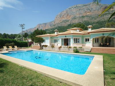 Photo for Wonderful private villa for 6 people with A/C, WIFI, private pool, TV and parking