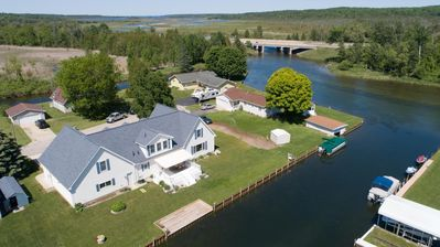Photo for Gorgeous Riverfront Getaway