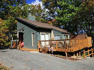 Photo for 2 Bedroom / 2 Bath (King Suites), Outdoor Hot Tub, Mt. LeConte Views, 1 Level