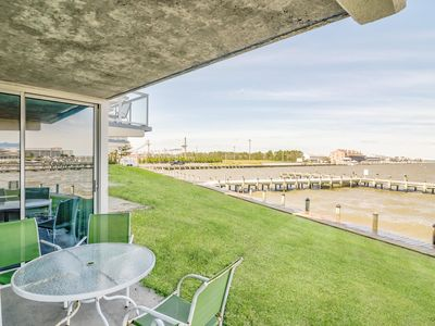 Photo for Bayfront 2BR - 4 Blocks to Beach!