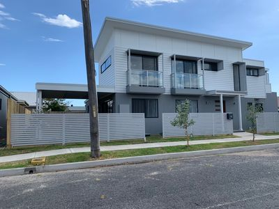 Photo for 3BR House Vacation Rental in Stockton, NSW
