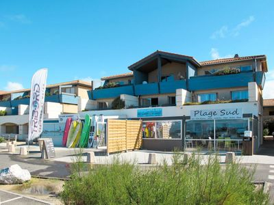 Photo for Mimizan-Plage Apartment, Sleeps 8 with Pool and WiFi