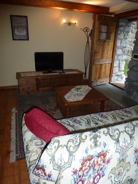 One Bedroom Apartment With Private Garden Cris Entreves Valle D 39 Aosta