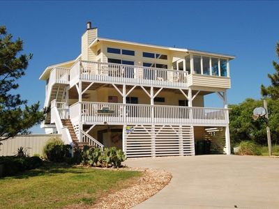 Plenty of Parking/Landscaped Lot 4 Kids to Play with panoramic oceans views