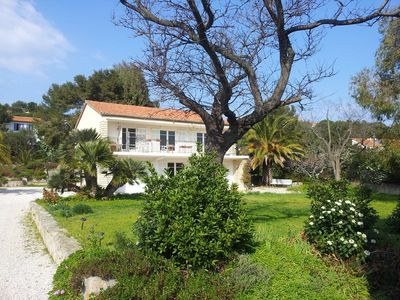 Photo for Villa with garden in Hyères 100 meters from the beach