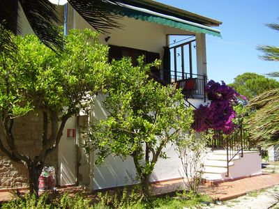 Photo for Spacious apartment (100sqm), terrace, garden. Centre/beach 4min walk