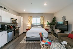 Photo for 1BR Apartment Vacation Rental in Iowa City, Iowa