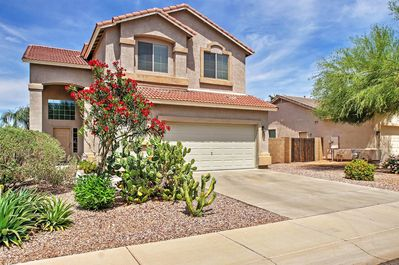 Welcome to your quintessential Queen Creek, Arizona home-away-from-home!