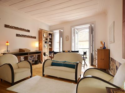 Photo for Spacious, confortable, versatile, family type flat in best quarter