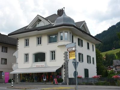 Photo for Apartment Haus am Bach in Zweisimmen - 8 persons, 3 bedrooms