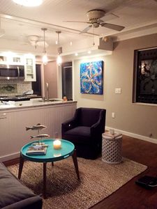 Living room/Kitchen - Sofa, Swivel Chair, Cable TV