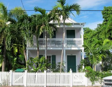 Photo for Ashe Splashe: A beautiful restoration of a historic Key West property