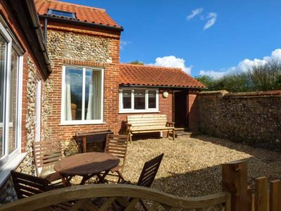 Photo for FERNDALE, family friendly, with a garden in Dereham, Ref 921207