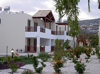 Photo for 1 Bedroom Apartment Near Peyia Village & Coral Bay Beaches Sea Views & Pool