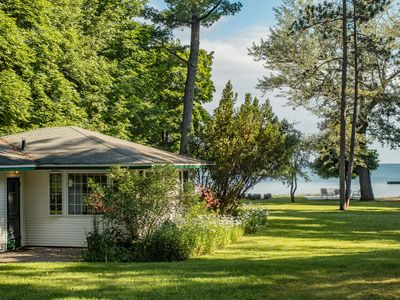 Beach House Within Walking Distance of Downtown Traverse City